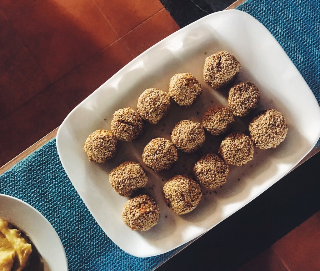 Almondegas de tofu e legumes